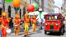 drummers-orange